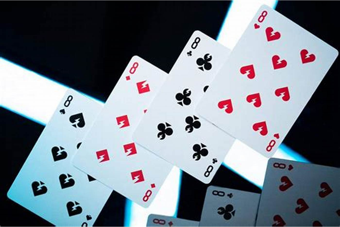 How to Beat Your Opponent Playing Online Poker Gambling